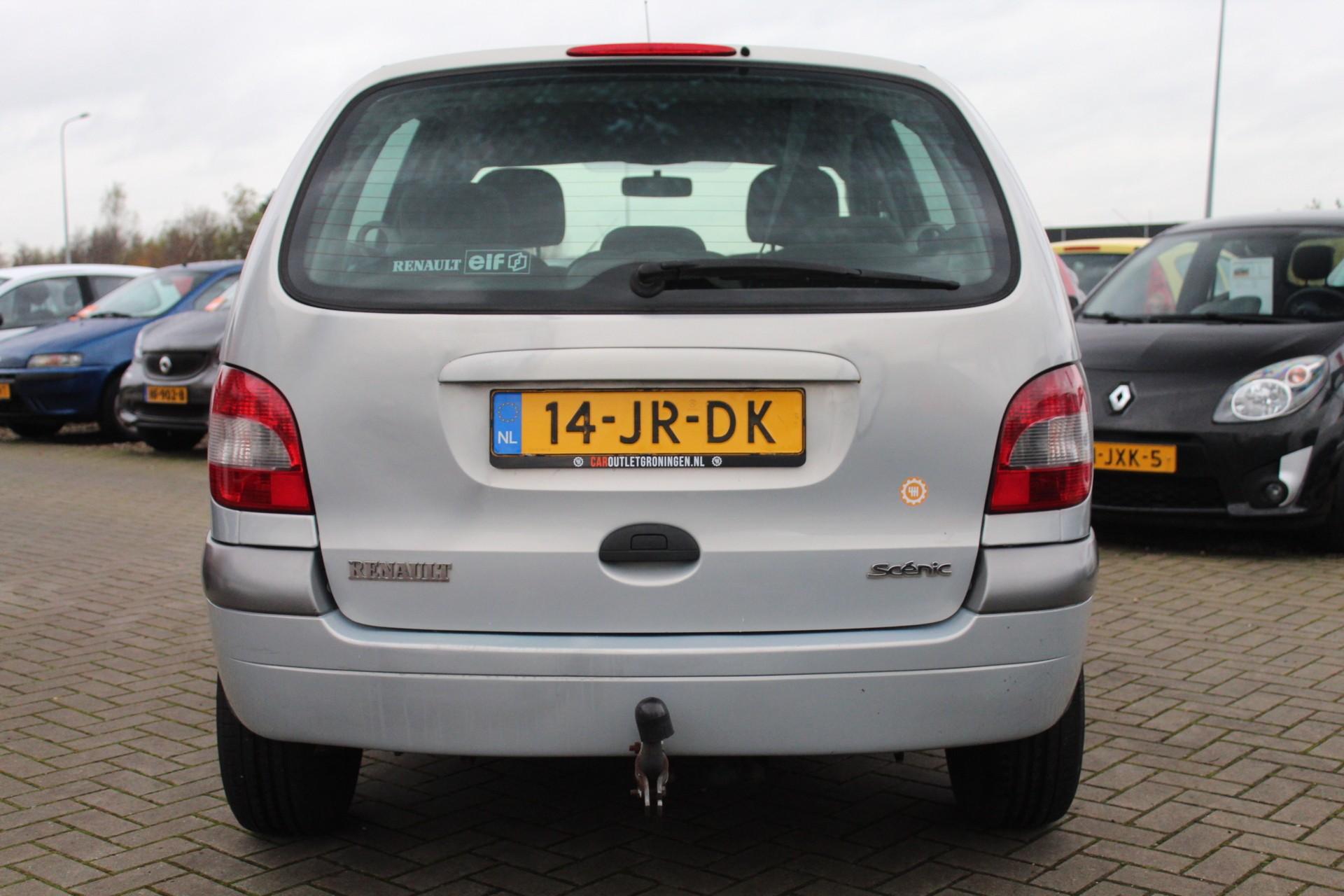 Caroutlet Groningen - Renault Scenic 2.0-16V Expression | AUTOMAAT | NW APK | TREKHAAK