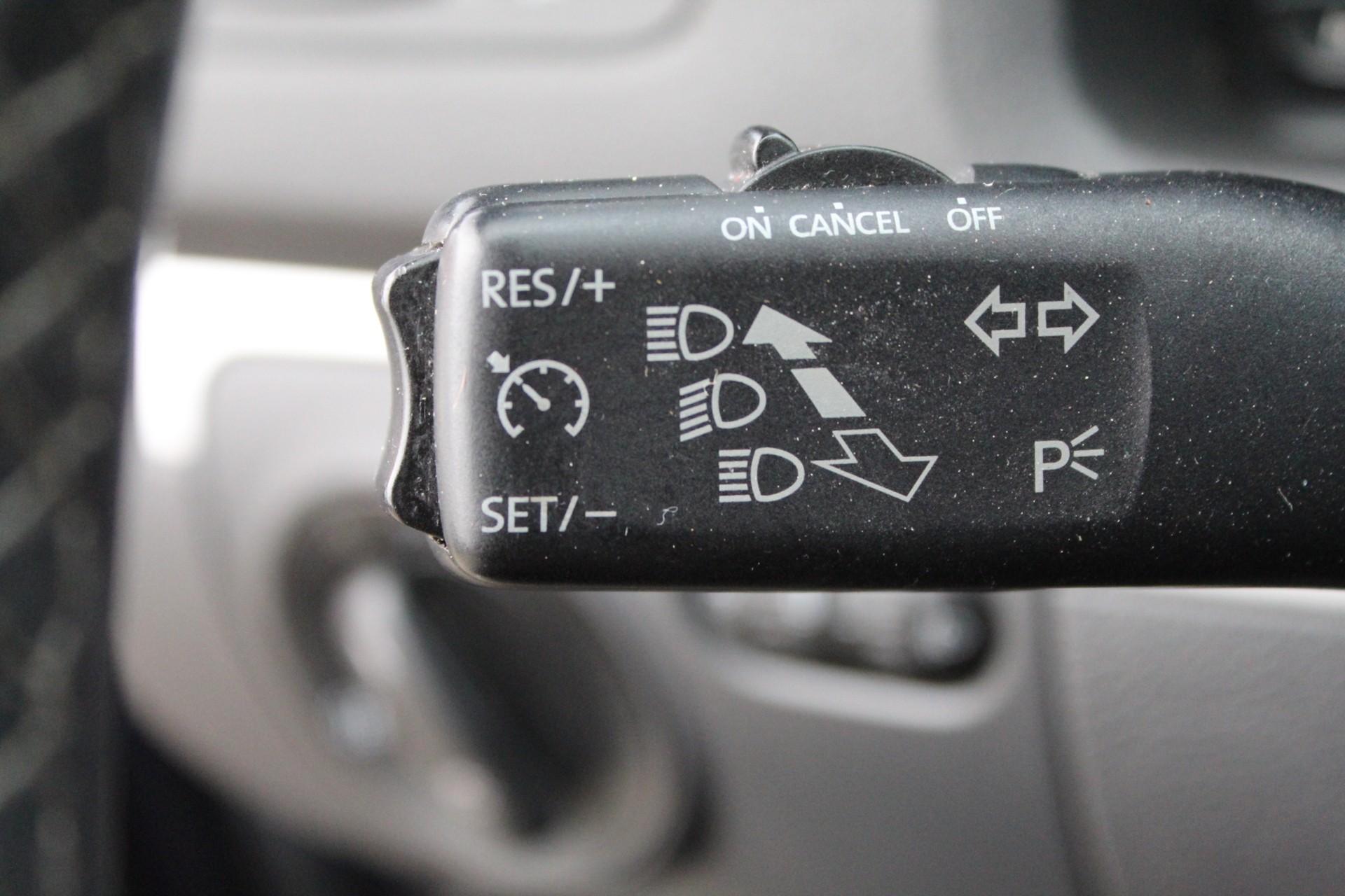 Caroutlet Groningen - Volkswagen Golf 1.9 TDI Comfortline   2008   5 DEURS   AIRCO   CRUISE