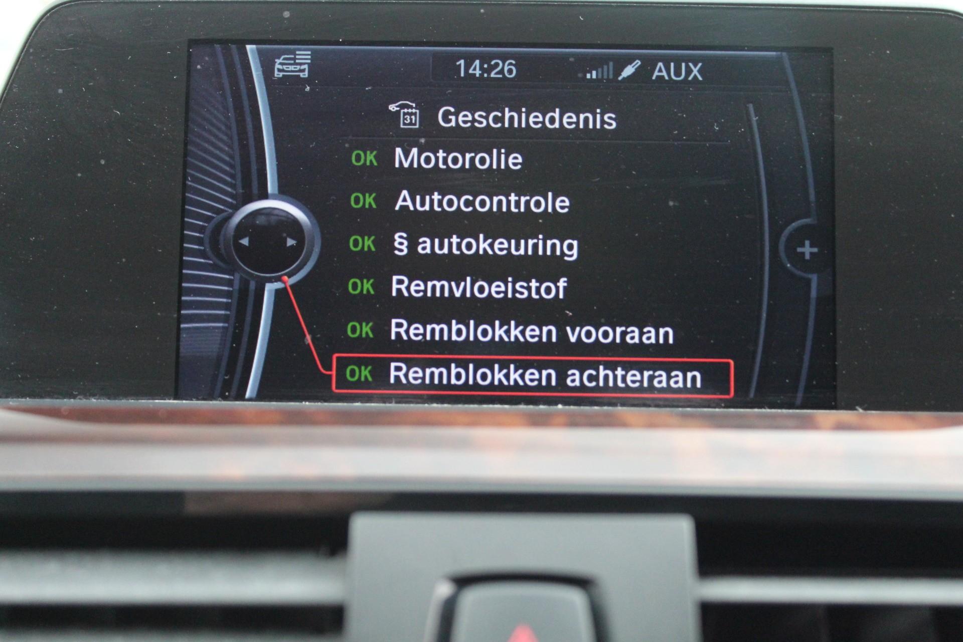 Caroutlet Groningen - BMW 3-serie 320i High Executive | AUTOMAAT | LED | NAVI