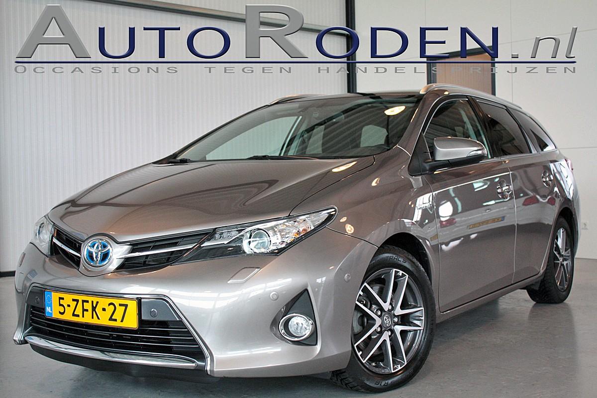 Toyota Auris Touring Sports 1.8 Hybrid Lease+ Panodak/Xenon/Camera