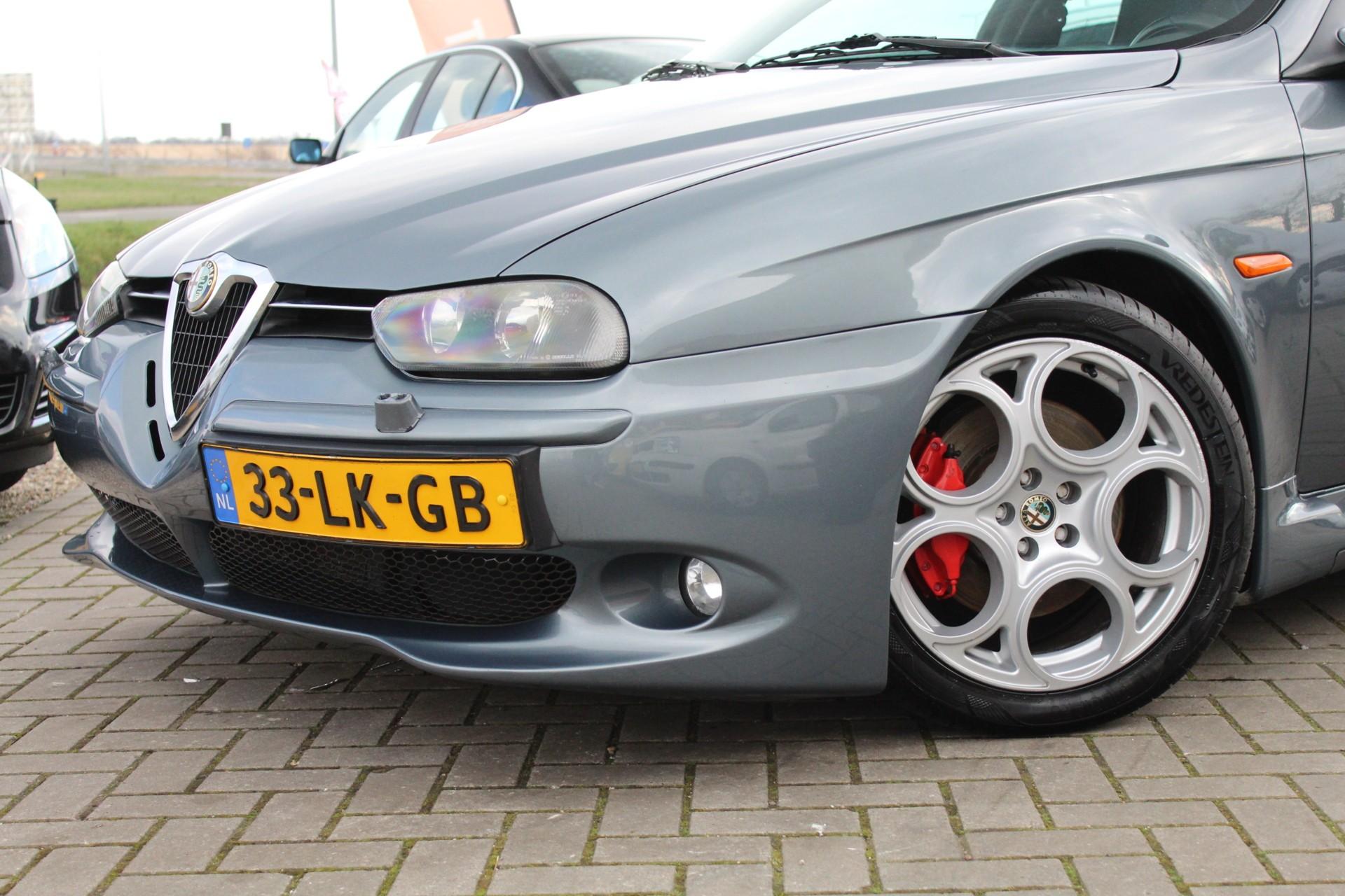 Caroutlet Groningen - Alfa Romeo 156 Sportwagon 3.2 V6 GTA | LEER | TOP ONDERHOUDEN | ORIGINEEL