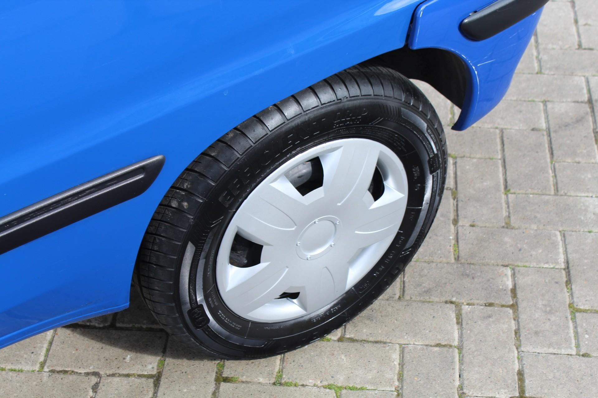 Caroutlet Groningen - Peugeot 106 1.1 XT | NIEUWE APK | STUURBEKRACHTIGING | 147.000KM |