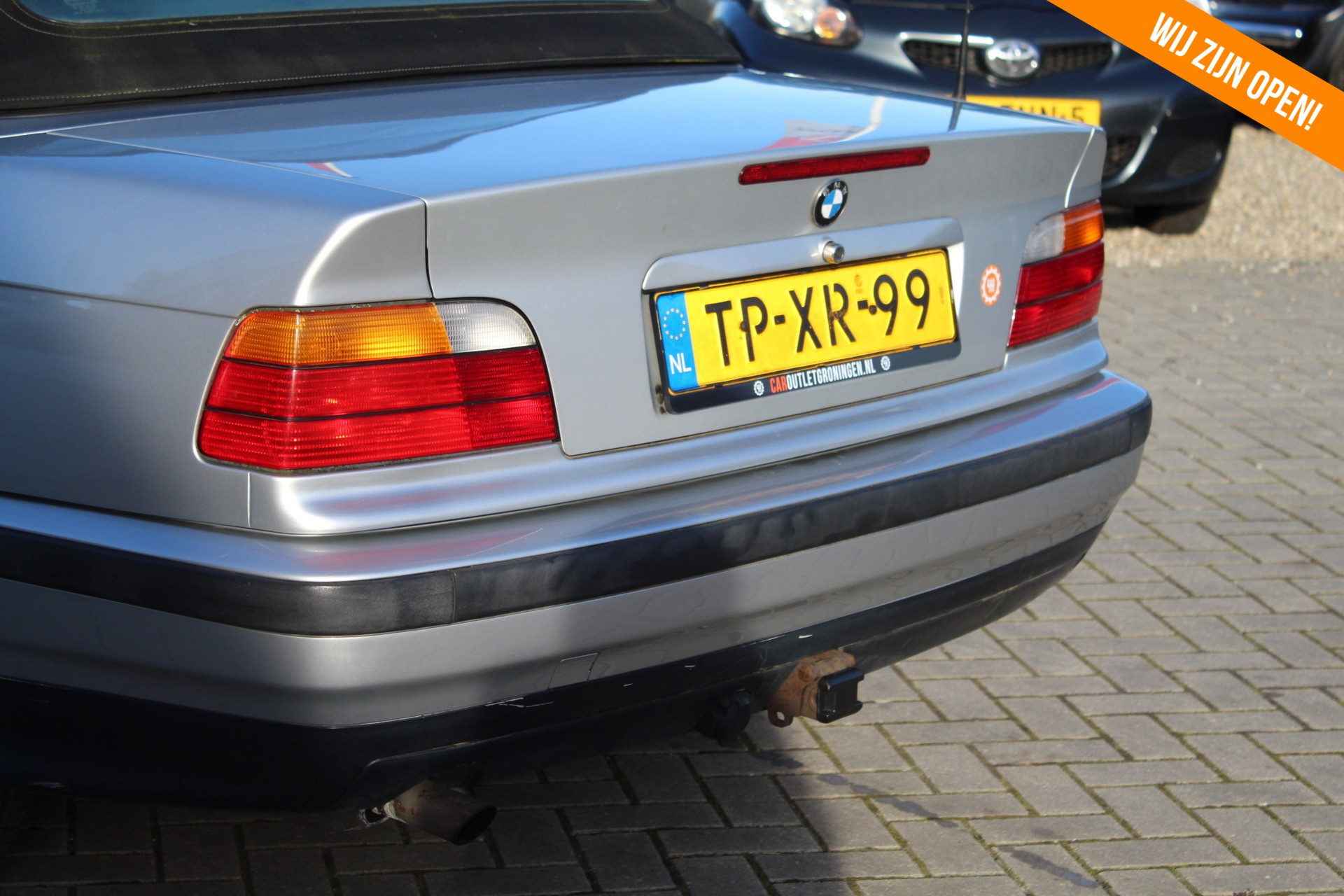 Caroutlet Groningen - BMW 3-serie Cabrio 318i Executive | 173.000KM | LEER | AUTOMAAT