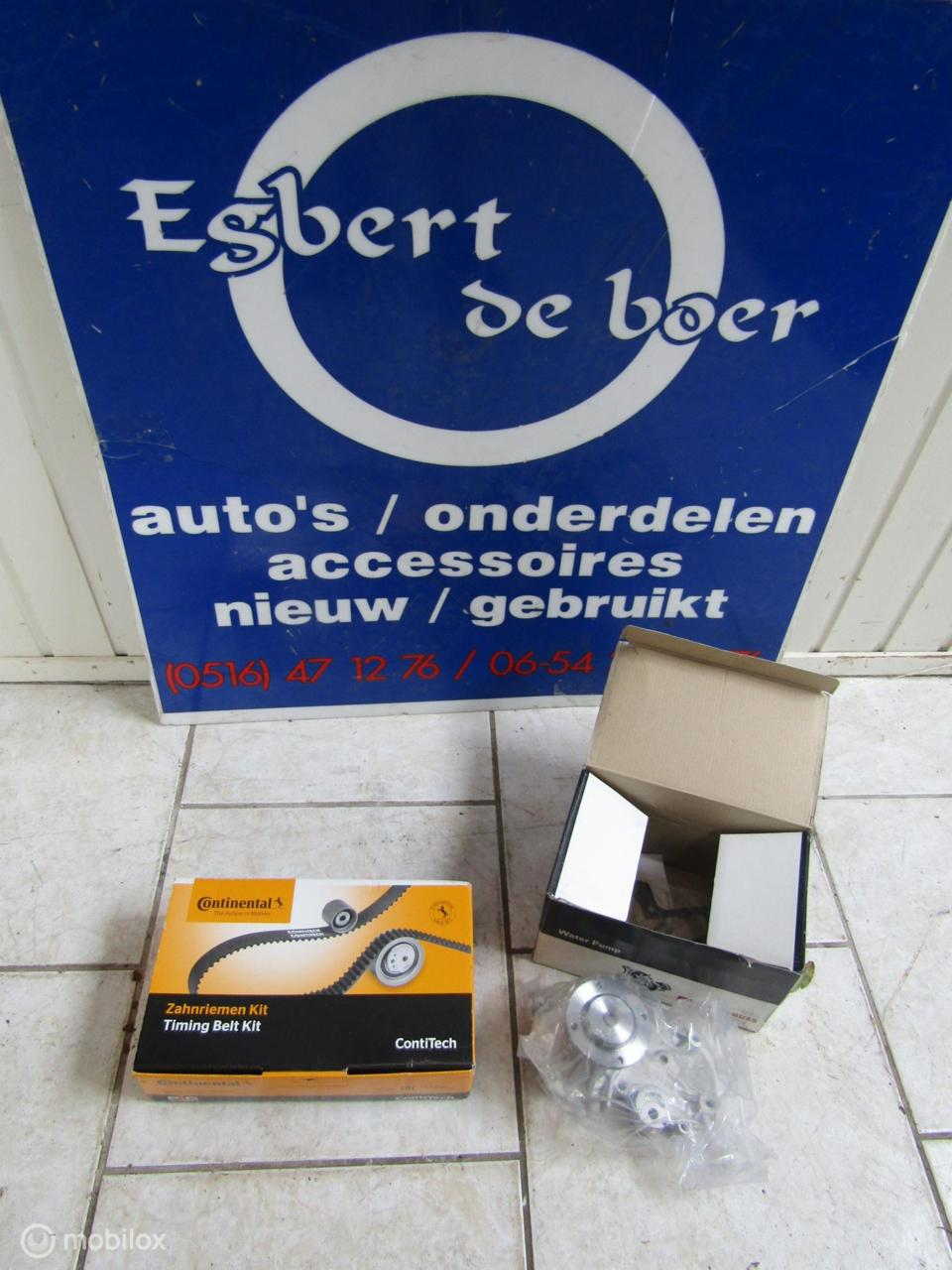 nieuwe waterpomp + distributie set Suzuki Swift 1.3  '89-'03