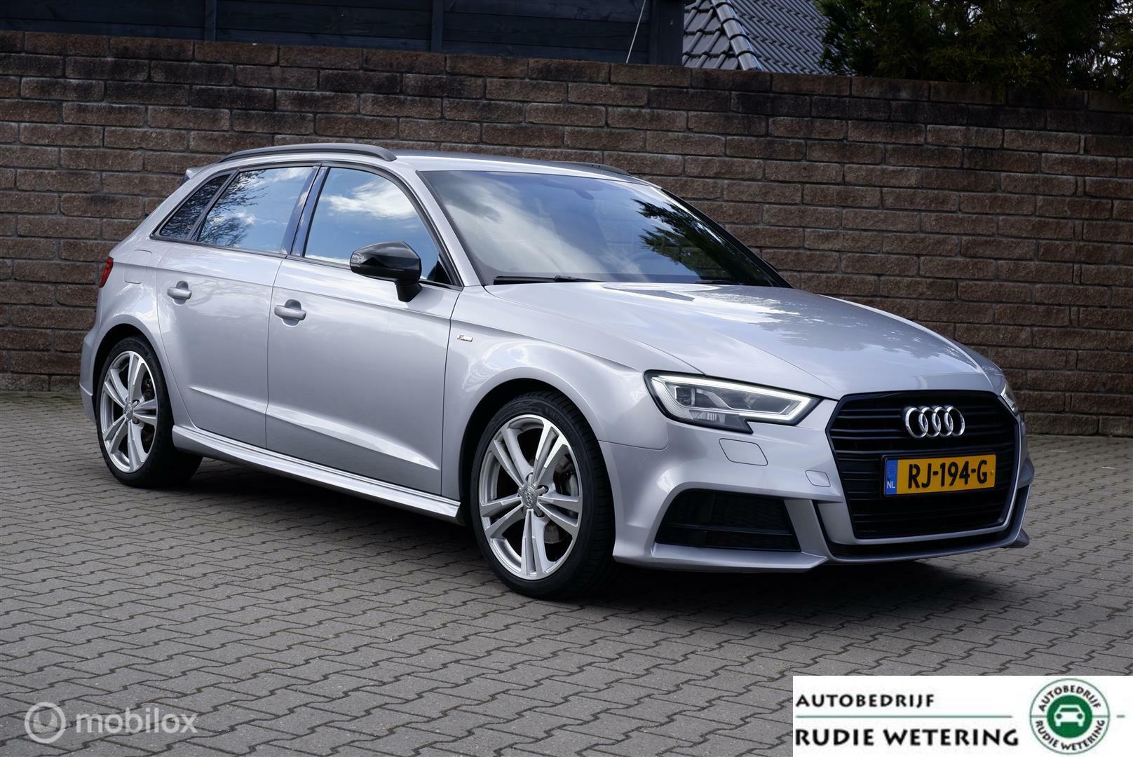 Audi A3 Sportback TFSI 116PK S-Tronic S-Line leer/led/nav/ecc/pdc/lmv18