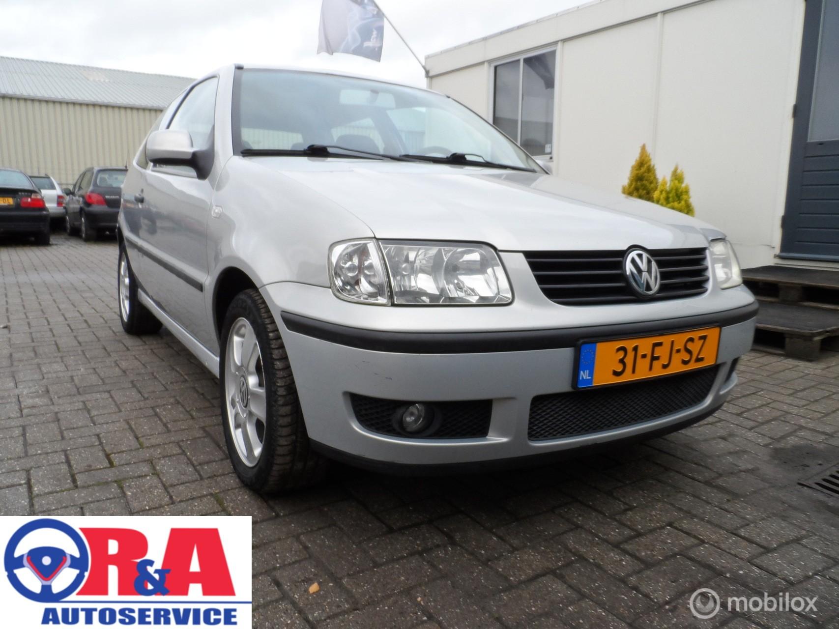 Volkswagen Polo 1.9 D | Mistlampen | Trekhaak | LM Velgen |