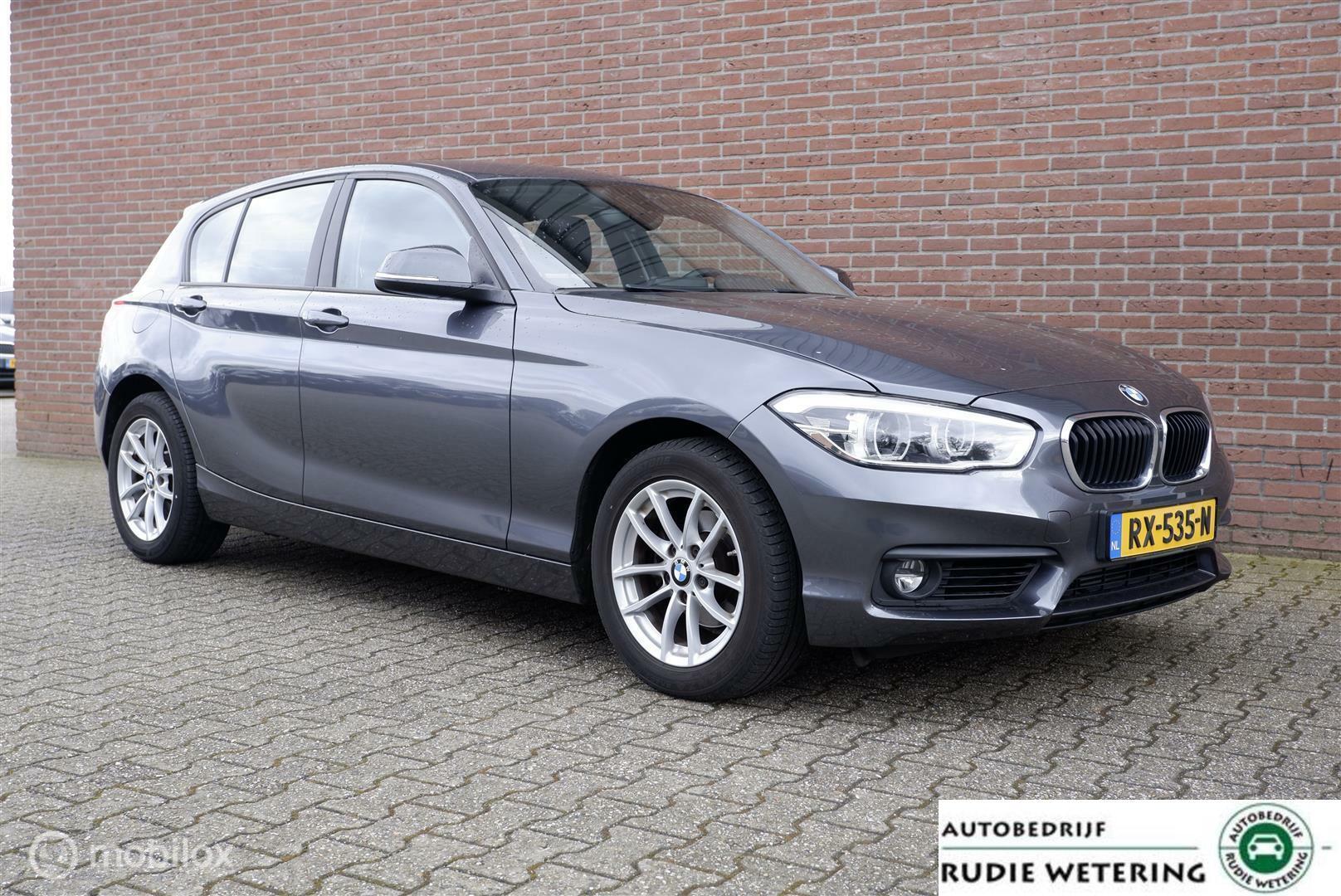 BMW 1-serie 118i Automaat Executive led/nav/tel/ecc/pdc/lmv16