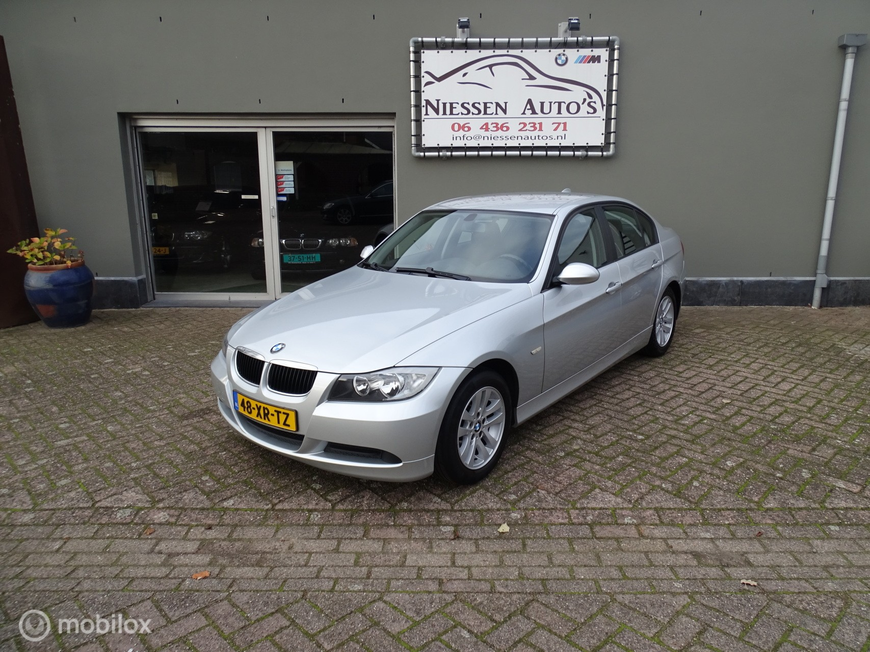 BMW 3-serie 318i Business Line Navigatie/Nwe Ketting