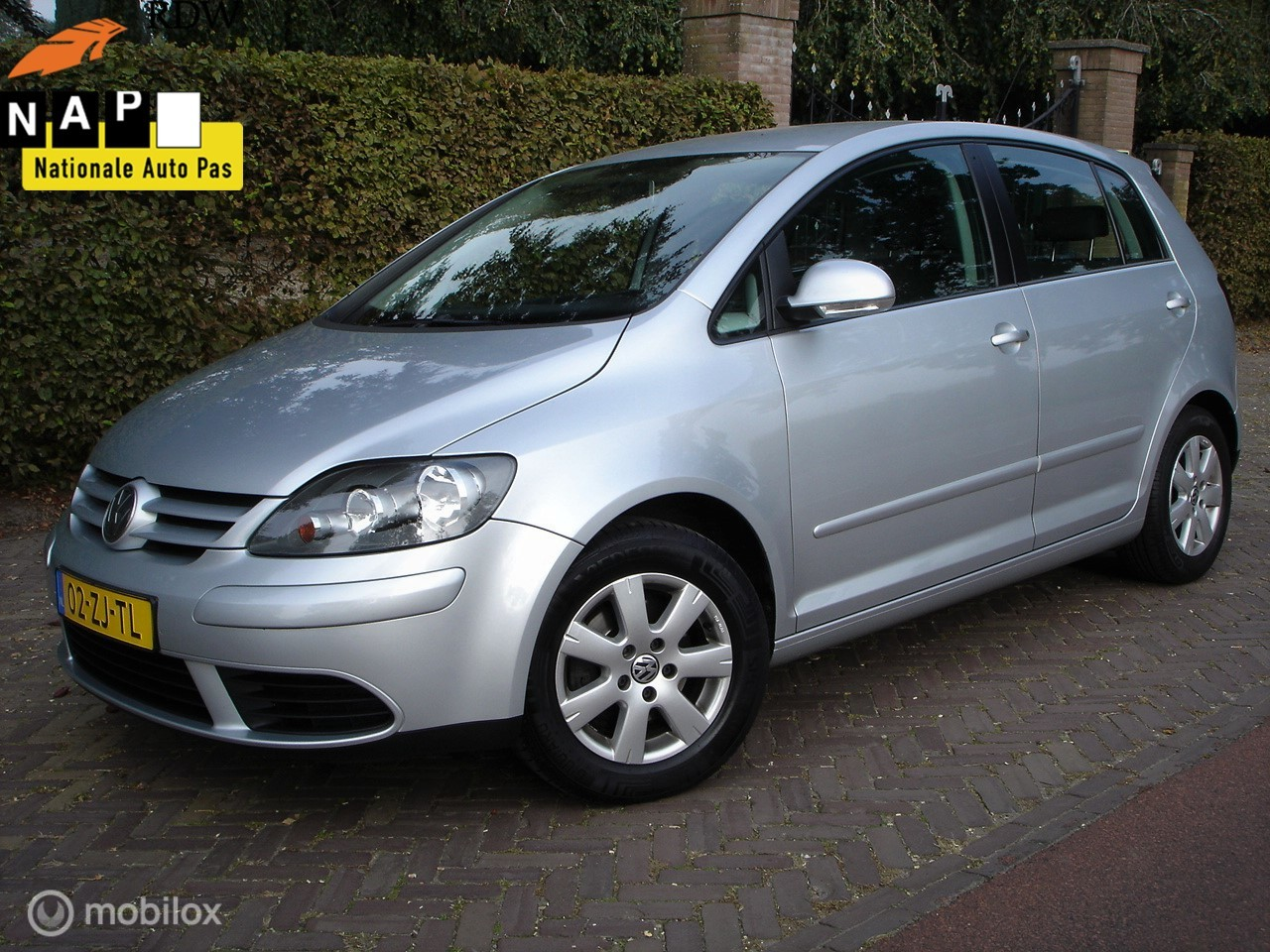 Volkswagen Golf Plus 1.4 Optive (Bj 2008) Airco/APK 09-2021