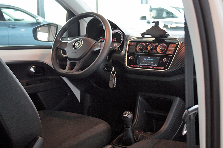Volkswagen Up! 1.0 BMT move up! Executive 5drs/AirCo