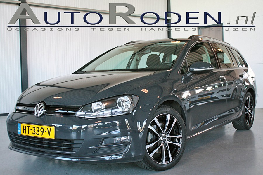 Volkswagen Golf Variant 1.0 TSI Business Edition Connected?>