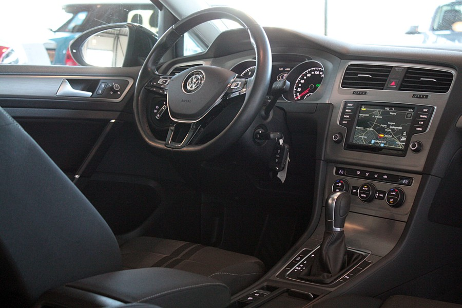 Volkswagen Golf Variant 1.0 TSI Business Edition Connected
