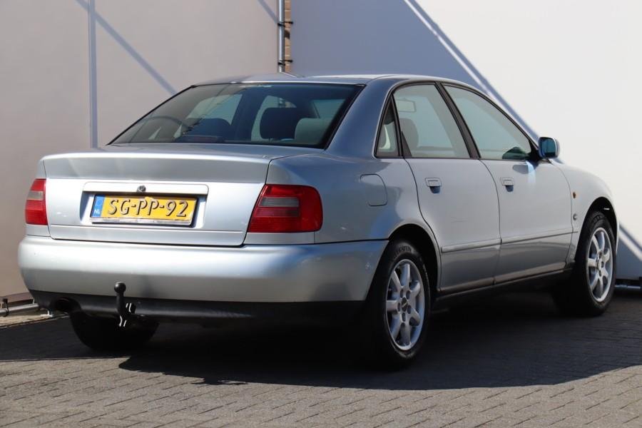 Audi A4 1.8 5V INRUIL KOOPJE !!