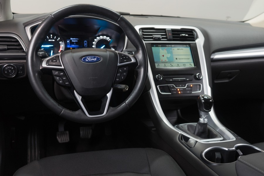 Ford Mondeo Wagon 1.5 TDCi  Navi/Parkeerhulp/PDC/Clima