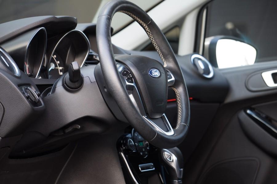 Ford Fiesta 1.0 EcoBoost Titanium  automaat Navi/PDC/Clima