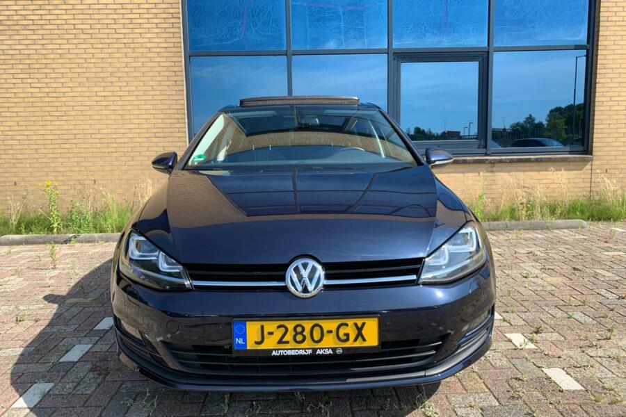 Volkswagen Golf 7 1.2 TSI Highline 105 pk Panodak Xenon Led