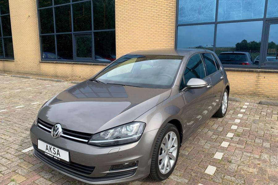 Volkswagen Golf 1.4 TSI ACT Business Edition R Connected