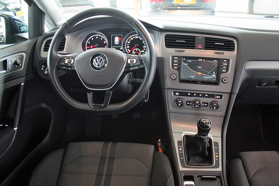 Volkswagen Golf Variant 1.0 TSI Connected Series