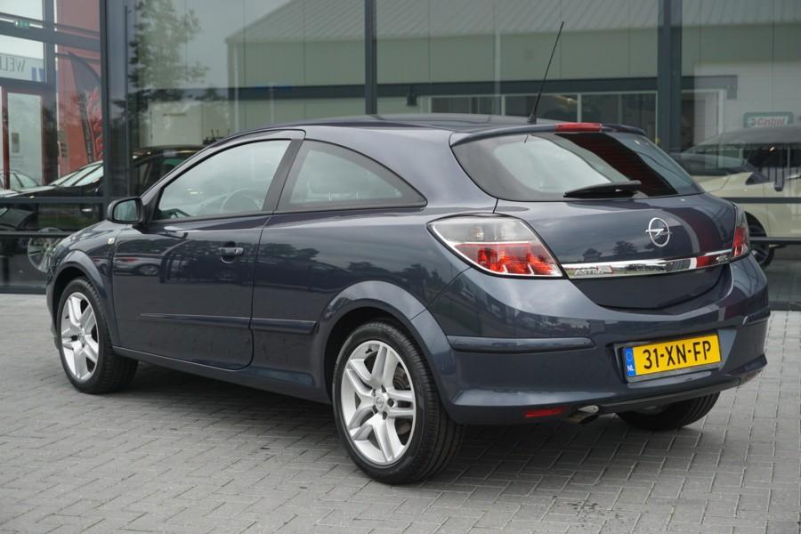 Opel Astra GTC 1.8 SPORT XENON - 17 INCH - CLIMA - CRUISE