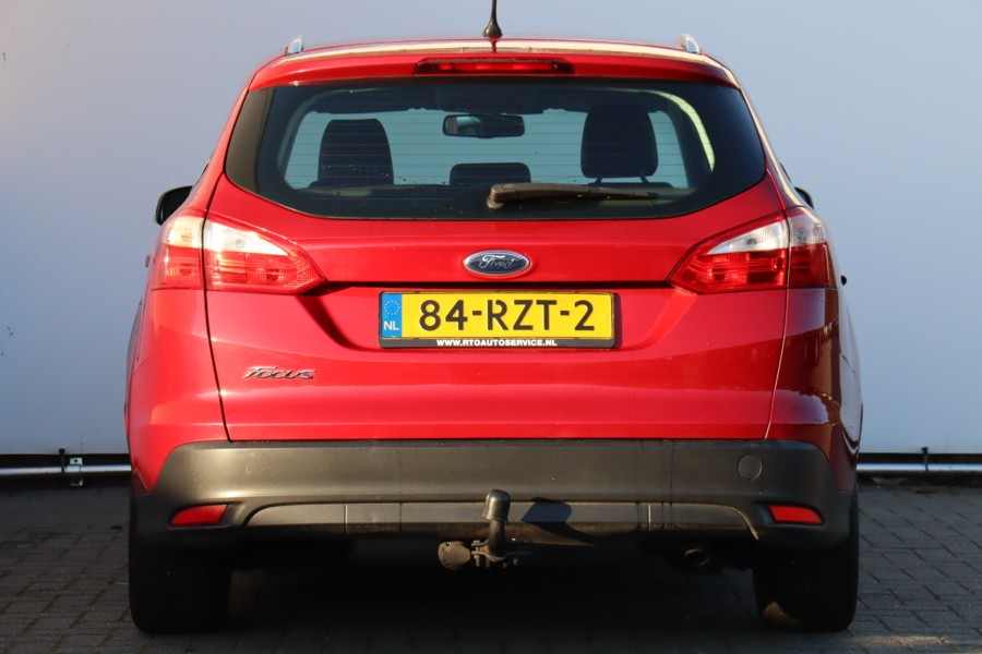 Ford Focus Wagon 1.6 TI-VCT First Edition NAVIGATIE !!