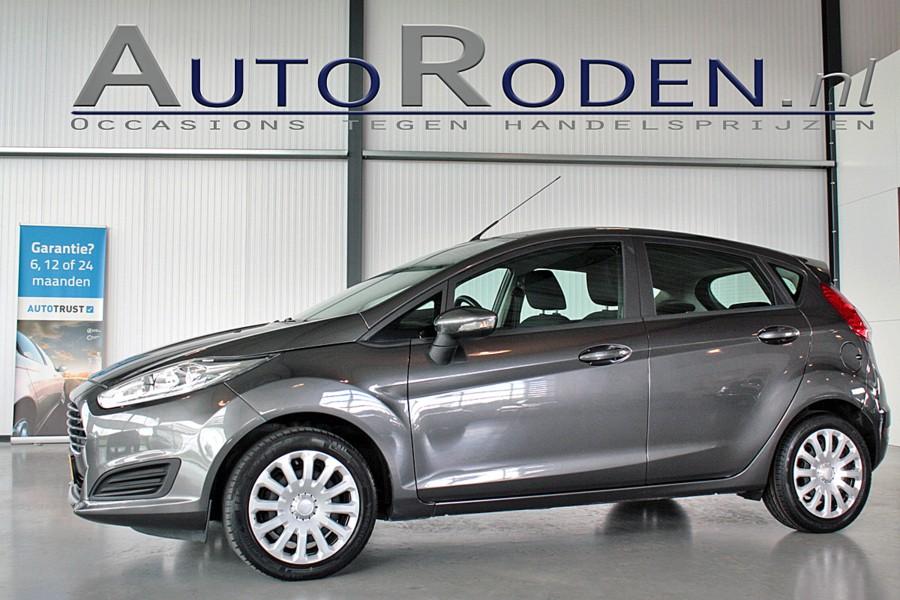 Ford Fiesta 1.0 Style 5drs Navi/AirCo/Cruise/Bleutooth