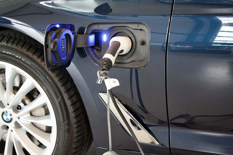 BMW 5-serie 530e iPerformance High Executive Luxury Line