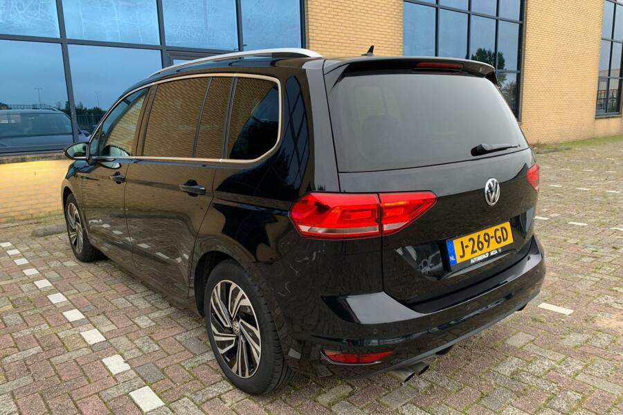 Volkswagen Touran 1.4 TSI Highline 150pk DSG Facelift 17inch