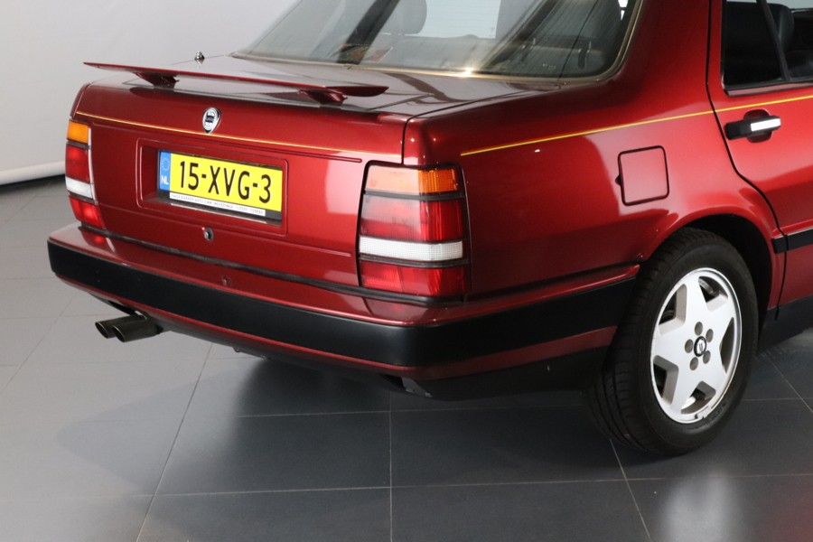 Lancia Thema - 3.0 8.32 Ferrari 85.000 KM!