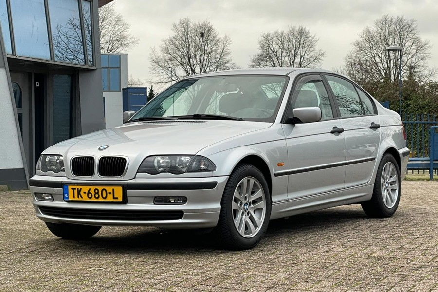 BMW 3-serie 316i Business Youngtimer!