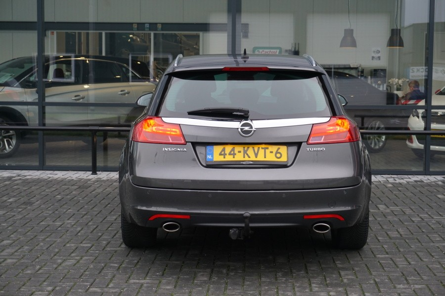 Opel Insignia Sports Tourer 1.6 T COSMO NAVI CLIMA PDC TREKHAAK