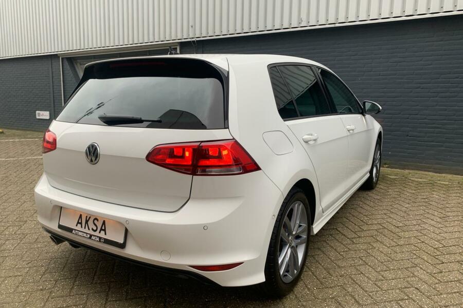 Volkswagen Golf 7 1.2 TSI 110 pk | R-Line | Navi | Garantie