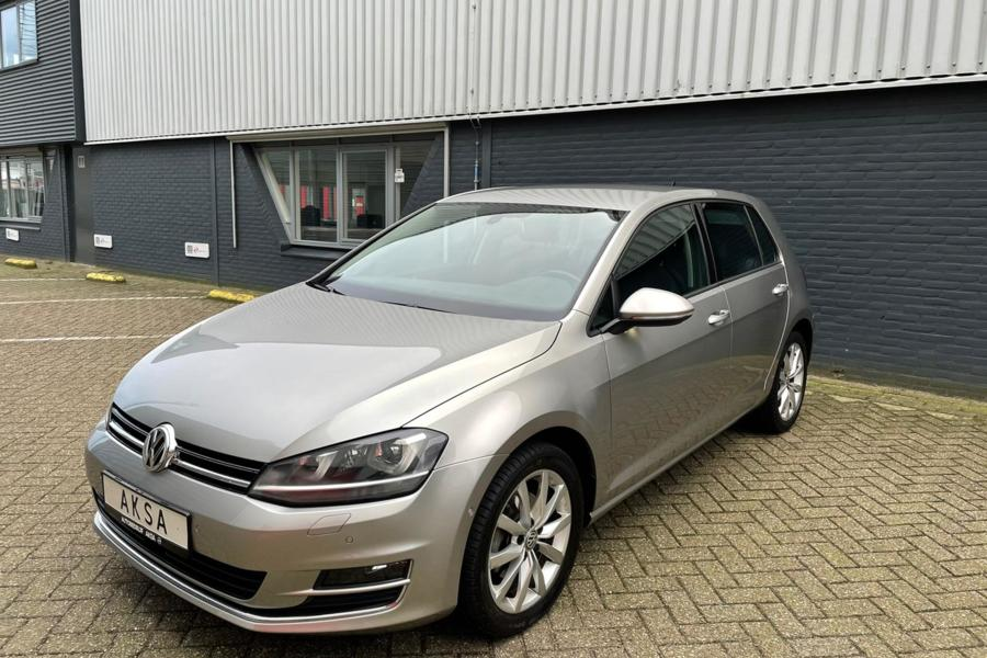 Volkswagen Golf 7 1.4 TSI 140 pk ACT Highline | Standkachel