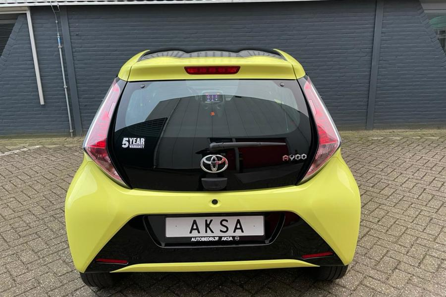 Toyota Aygo 1.0 VVT-i x-cite | Keyless | Climatic | Camera