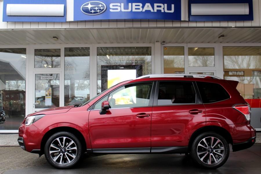 Subaru Forester CVT Premium * Trekhaak * Navigatie * 18 inch