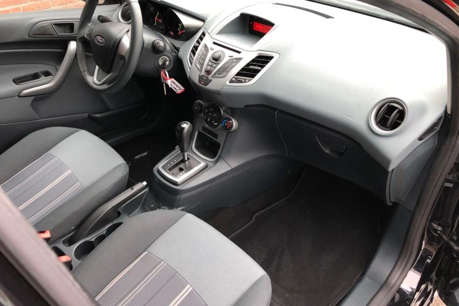 Ford Fiesta 1.4 Titanium AUTOMAAT/5 DRS/AIRCO/96PK/LMV/BJ 09