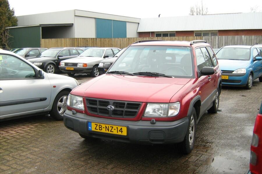 Volvo S60 2.4 Trekh Airco Onderhoudsboekjes aanwezig.