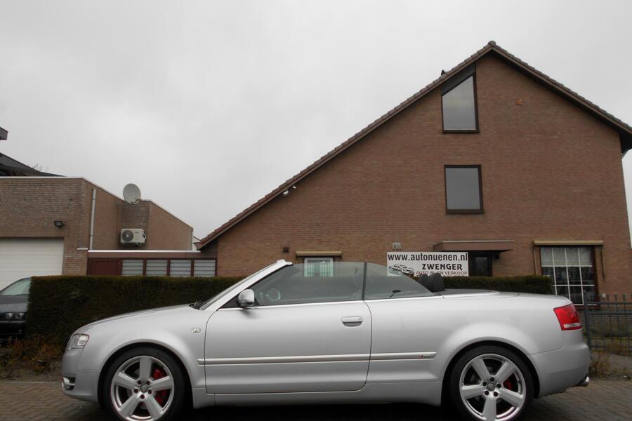 Audi A4 Cabriolet 3.2 FSI S-LINE AUTOMAAT NAVIGATIE XENON LEER STOELVERWARMING PARKEERSENSOREN