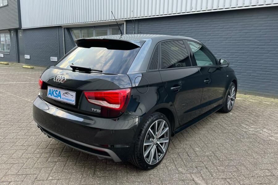 Audi A1 Sportback 1.4 TFSI Sport S-Line   Automaat  Navi  