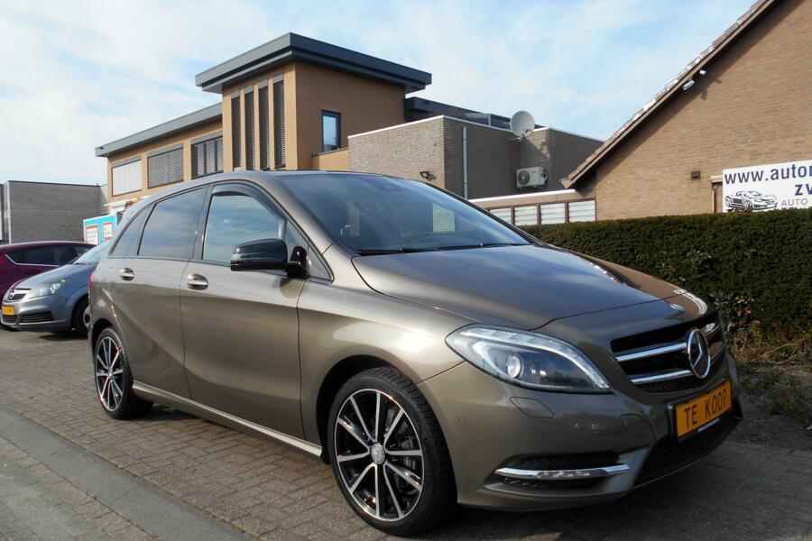 Mercedes B-klasse 200 CDI AUT-F1 VOL-OPTIES|NAVIGATIE|CAMERA|LEER|XENON|DODEHOEK-ASSIST|TREKHAAK