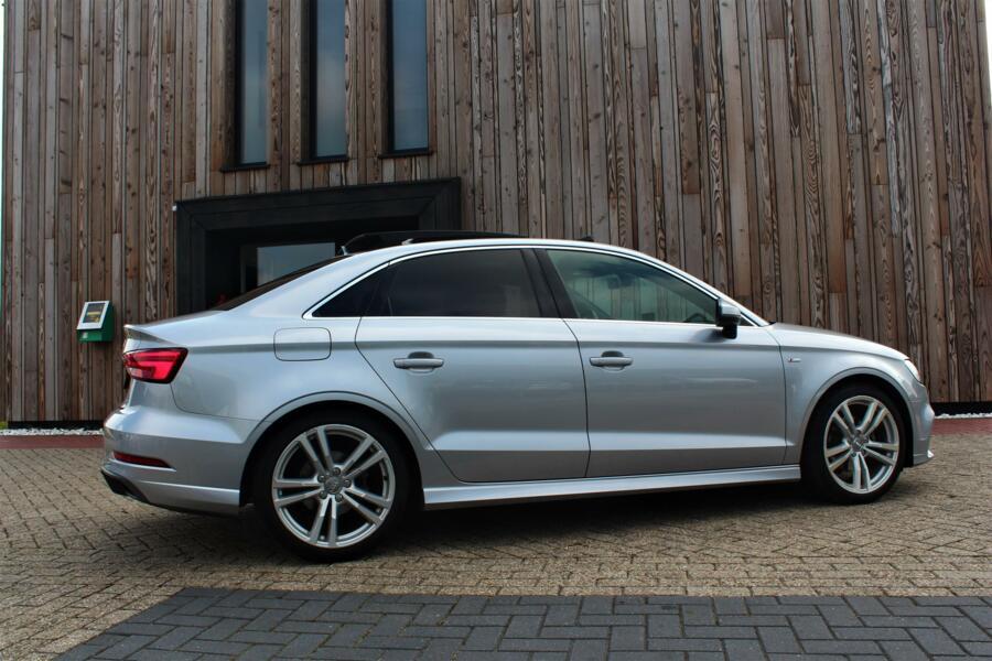 Audi A3 Limousine 1.5 TFSI CoD Sport S Line Edition