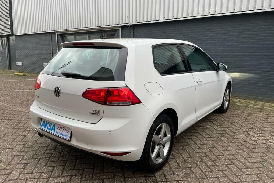 Volkswagen Golf 7 1.6 TDI 110pk   Highline DSG | Grote Navi