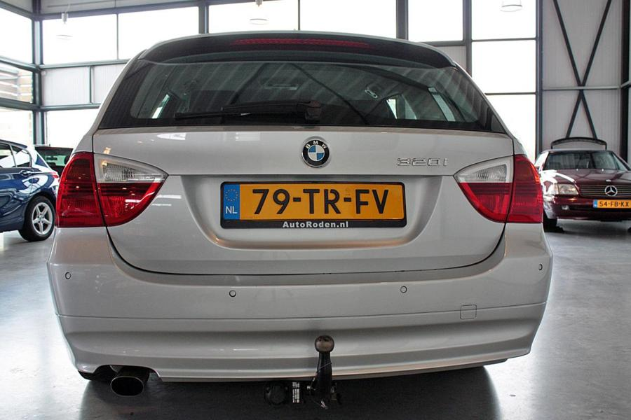 BMW 3-serie Touring 320i High Executive Aut.