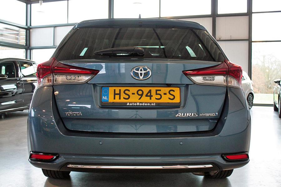 Toyota Auris Touring Sports 1.8 Full Hybrid Lease Pro