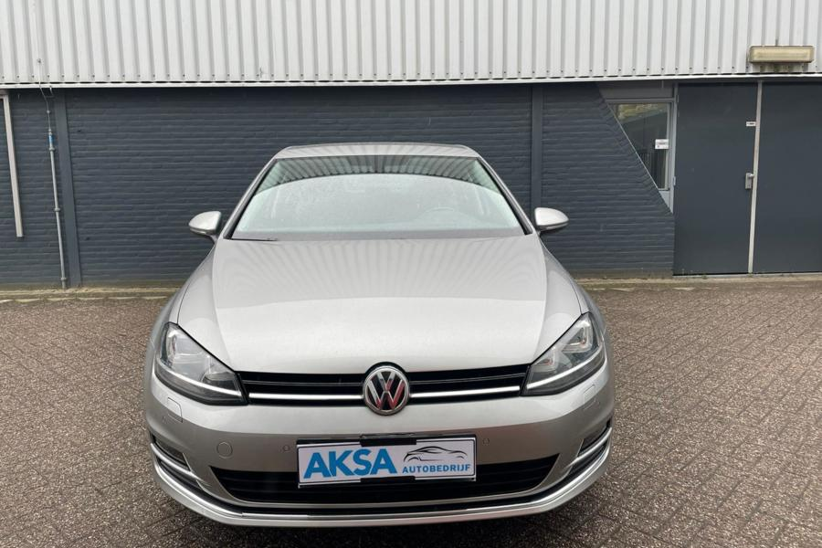 Volkswagen Golf 1.4 TSI 125 pk Highline DSG  Stuurverwarming