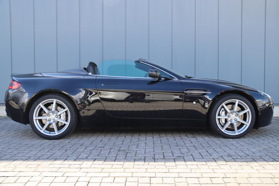 Aston Martin V8 Vantage Roadster 4.3 V8 Sportshift