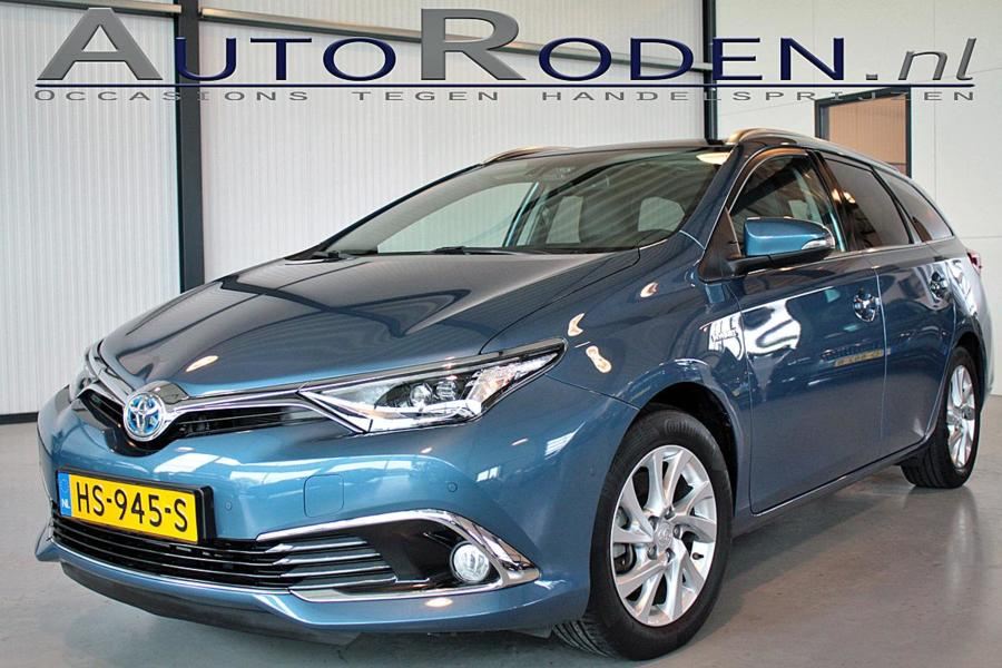 Toyota Auris Touring Sports 1.8 Full Hybrid Lease Pro