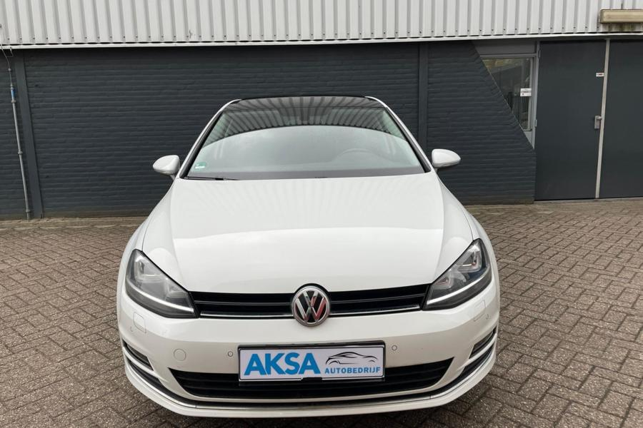 Volkswagen Golf 1.4 TSI Highline | DSG | Pano | Navi | Xenon