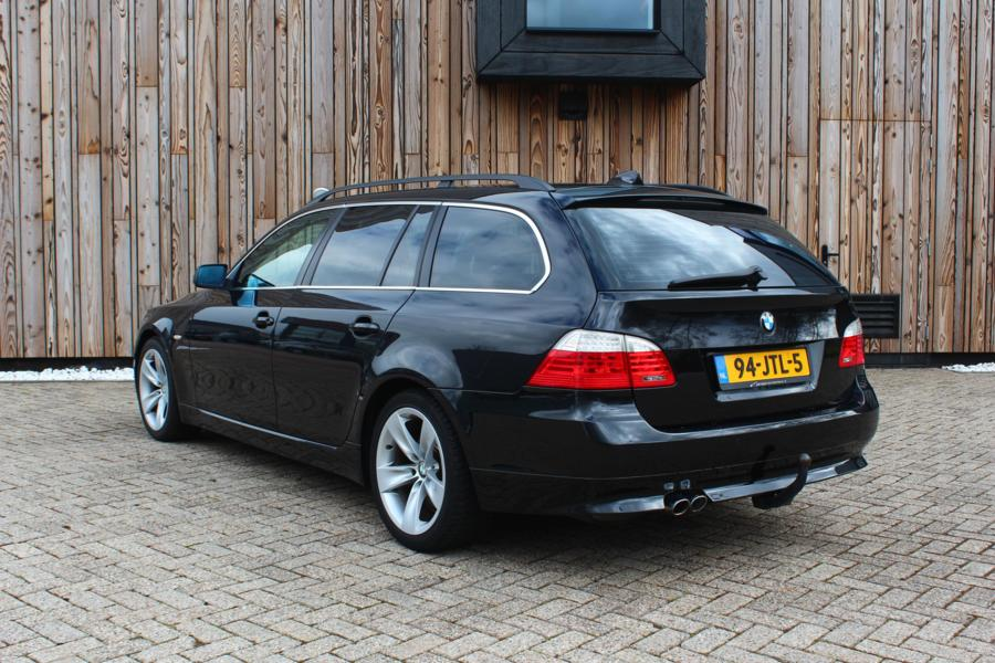 BMW 5-serie Touring 525d High Executive