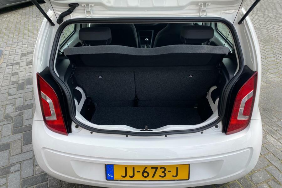 Volkswagen Up! 1.0 move up! Blue AIRCO,NAVIGATIE 71.688 KM