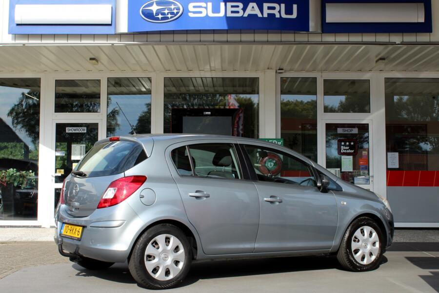 Opel Corsa 1.4-16V 100pk Edition